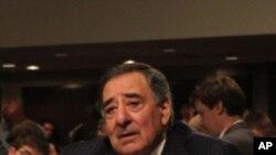 미 국방장관 인준 청문회에 참석한 리언 파네타