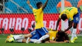 Brazili mund Kroacinë 3-1