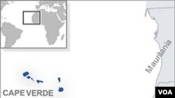 Negara kepulauan Cape Verde terletak di Samudera Atlantik.