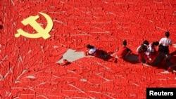 """VOA连线(长平):中共将组建""""中国之声"""",加强党宣力度?"""