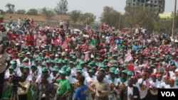 Angola, Unita moldura humana em comício de fim de campanha em 2012