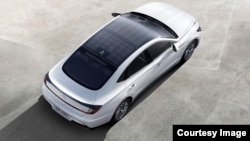 Hyundai's solar roof system includes a structure of silicon solar panels mounted on the car's roof. The company says the system can charge the vehicle's electrical system while parked or driving. (Hyundai Motor)