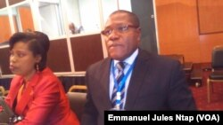 Pascal Moussavou Mbina, Coordonateur des projets du Fonds européen pour le développement de la communauté économique des États de l'Afrique centrale à Yaoundé, Cameroun, 7 avril 2017. (VOA/Emmanuel Jules Ntap).