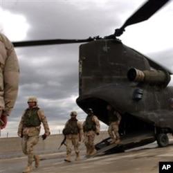 """گیتس: """"امریکا با افغانستان پایگاهای مشترک می خواهد"""""""
