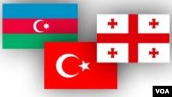 Azərbaycan, Türkiyə və Gürcüstan bayraqları