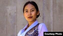 22歲的藏裔學生齊美拉莫近日當選了多倫多大學士嘉堡分校下學年的學生會會長。