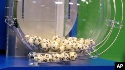 Los números ganadores de los $587 millones de dólares fueron 5, 16, 22, 23 y 29, con el Powerball número 6.