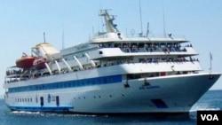 Kapal bantuan 'Mavi Marmara' yang diserbu oleh pasukan Israel dalam perjalanan menuju Gaza.