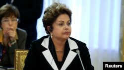 Brazil's President Dilma Rousseff is seen at a working session of the G20 Summit in Strelna near St. Petersburg, September 5, 2013. REUTERS/Sergei Karpukhin (RUSSIA - Tags: POLITICS) - RTX138C8