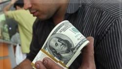 کاهش دلارهای نفتی تهران و افزایش محدودیت ارزی برای دولت