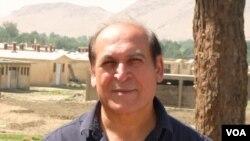 آزادزوی می گوید که از ظرفیت افغانهای مقیم خارج باید استفاده شود