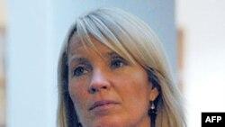 Ngoại trưởng Đan Mạch Lene Espersen cho biết bà sẽ kêu gọi Hoa Kỳ đình chỉ việc sử dụng thuốc pentobarbital trong các vụ hành quyết bằng cách chích thuốc