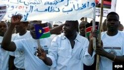 Abanyagihugu bo muri Sudani basaba ko abakoze ivyaha vyo mu ntambara bahanwa na Sentare mpuzamakungu