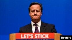 David Cameron en Ecosse, pour faire campagne contre la séparation de l'Ecosse (Reuters)