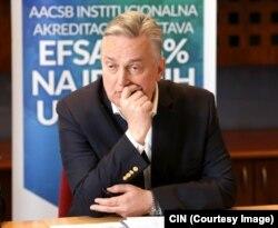 Zlatko Lagumdžija je u 2014. godini na Ekonomskom fakultetu zaradio 68.419 KM, više nego u Ministarstvu vanjskih poslova BiH gdje je primio 52.780 KM.