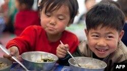 Північнокорейські діти