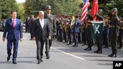 Министр обороны Турции Нуреттин Джаникли и министр обороны США Джим Мэттис. Анкара, Турция. 23 августа 2017 г.