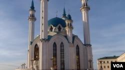 资料照:鞑靼斯坦首府喀山市中心的清真寺(美国之音白桦拍摄)