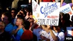 加州同性恋者美梦成真。(美国之音国符拍摄)