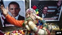 Thầy phù thủy người Peru trong thành phố Lima cúng bái trước khi dự đoán kết quả bầu cử tổng thống Hoa Kỳ 2012.
