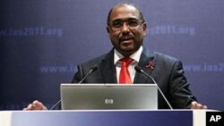 Le patron d'ONUSIDA, Michel Sidibé, à l'ouverture de la conférence de Rome dimanche