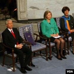 颁奖典礼上的空椅子(美国之音王南拍摄)