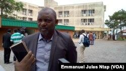Samuel Nguiffo, secrétaire-général du Centre pour l'environnement et le développement à Yaoundé, le 24 novembre 2017. (VOA/Emmanuel Jules Ntap)