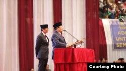 """Prabowo Subianto didampingi Cawapres Sandiaga Uno menyampaikan Pidato Kebangsaan """"Indonesia Menang"""" di JCC, Senayan, Jakarta, Senin (14/1)."""