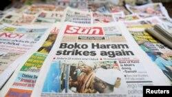 Berita utama di halaman sebuah surat kabar di Nigeria, mengenai serangan kelompok militan Boko Haram (10/6).