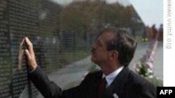Cựu chiến binh Mỹ đến VN thảo luận về vấn đề bom mìn