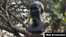 Tượng ông Hồ Chí Minh tại thành phố Kolkata ở Ấn Độ.