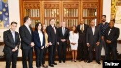 El Secretario de Estado interino de EE.UU., John Sullivan, se reunió con representantes de ONG cubanas al margen de la VIII Cumbre de las Américas en Lima, Perú. Abril 12 de 2018.