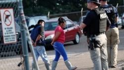 Les autorités américaines arrêtent 700 sans-papiers au Mississippi