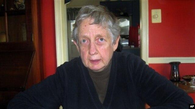 Annetta Cheek is chairwoman of the Center for Plain Language in Washington, DC