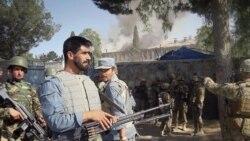 گويند حمله سحرگاه روز يکشنبه ستيزه گران طالبان مسلح به مسلسل، به ساختمان محل استقرار پليس راه در حومه شهر خوست، به نبردی مسلحانه با ماموران امنيتی افغان منجر شد که از حمايت سربازان ائتلاف برخوردار بودند. ۲۲ مه ۲۰۱۱