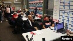 Las asambleas de Iowa, programadas para el 3 de febrero, darán inicio a la temporada de las primarias presidenciales de EE.UU. 2020. En la foto y primer plano, el candidato demócrata Cory Booker.