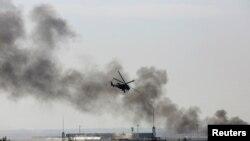頓涅斯克機場濃煙四起