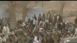 2012-03-13 美國之音視頻新聞: 阿富汗代表團到訪屠殺現場遭遇槍擊