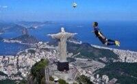 Van Persie over Brazil.