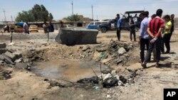 지난해 4월 이라크 나라환의 폭탄 테러 현장. (자료사진)