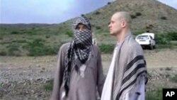برگدال دو سال پیش با پنج مقام ارشد گروه طالبان تبادله شد.