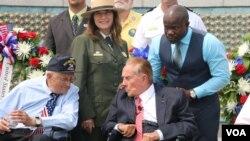 在華盛頓參加二戰紀念儀式的前參議院多數黨領袖鮑勃·多爾(資料照)