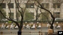 Kim Chen Un ilk bor Xitoyga safar qildi