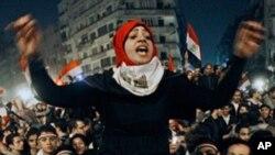 Slavlje na Trgu Tahrir, u Kairu, nakon objave ostavke Hosnija Mubaraka