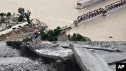 سیلاب سے ہونے والی تباہی کا ایک منظر