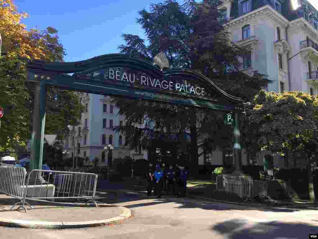 هتل بوریواژ در لوزان سوئیس میزبان نشست آمریکا، روسیه و قدرتهای منطقهای درباره سوریه است–۲۴مهر۱۳۹۵