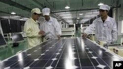 중국의 태양광 패널 제조 업체. (자료사진)