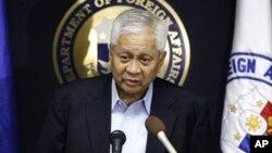 Menlu Albert del Rosario mengatakan, pemerintah Filipina akan mengajukan isu sengketa Laut Cina Selatan ke pengadilan arbitrasi yang berada di bawah Konvensi PBB mengenai Hukum Laut (foto: dok).