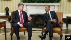 Başkan Barack Obama, Ukrayna Cumhurbaşkanı Petro Poroşenko'yla