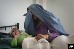 Cô Bibi Hur đã mất ba người con, trong khi hai bé khác bị thương vì một vụ tấn công bom vệ đường